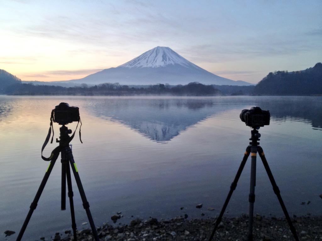 今朝は精進湖で星撮って朝まで pic.twitter.com/KMjJPRNOaU
