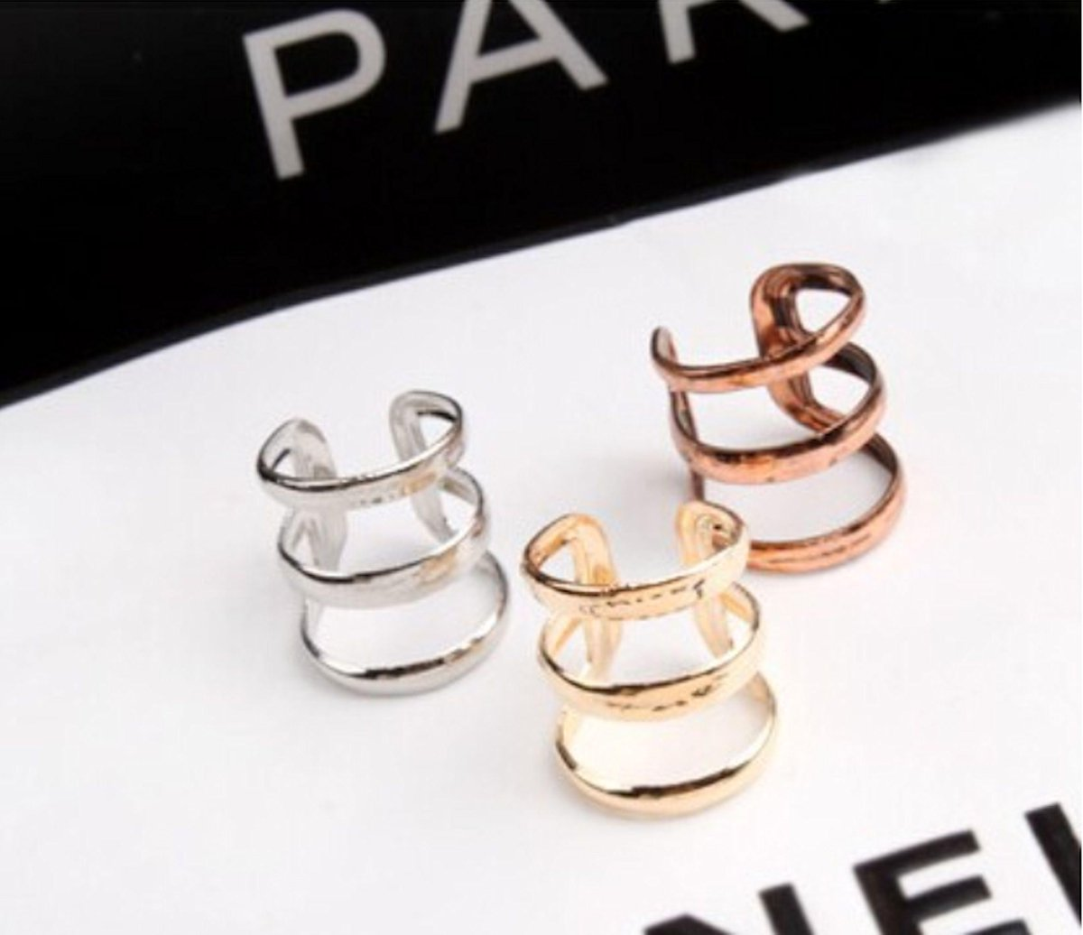 new no piercing needed #fashion ear cuffs https://t.co/jD8NFGV78Y  https://t.co/EHFAENVvW5  #gift #specialgift #fashion