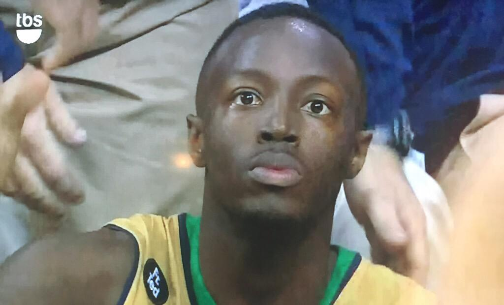 "When you think you Kemba Walker and remember your dad was ""Harvey Grant"" http://t.co/J5M7QaXKFB"