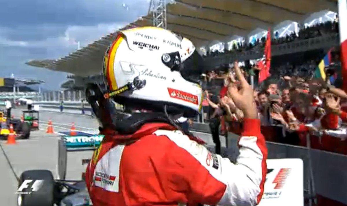 La Ferrari e' tornata a vincere con Vettel in Malesia: e' festa del Cavallino