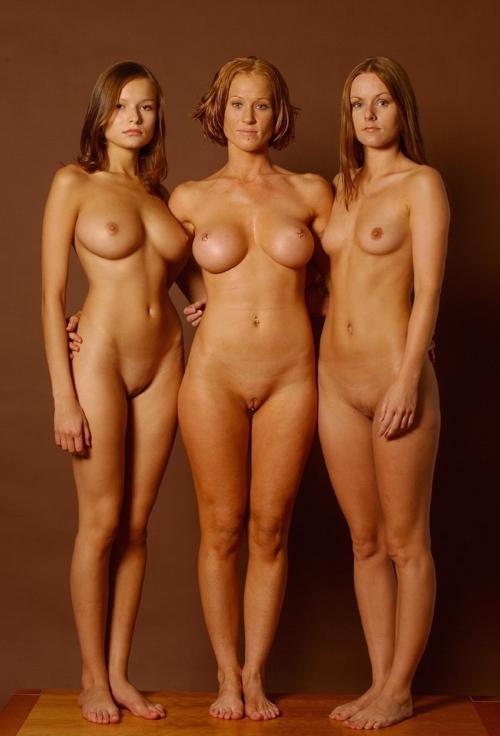 Смотреть фотки голых женщин 93085 фотография