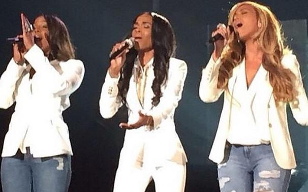 RT @GGNewMusic: Beyonce, Kelly Rowland and Michelle Williams perform together at the #StellarAwards30 http://t.co/stAFQsUGab http://t.co/g9…