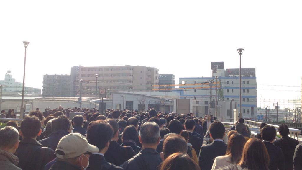上野東京ライン 人身事故で 地獄絵図