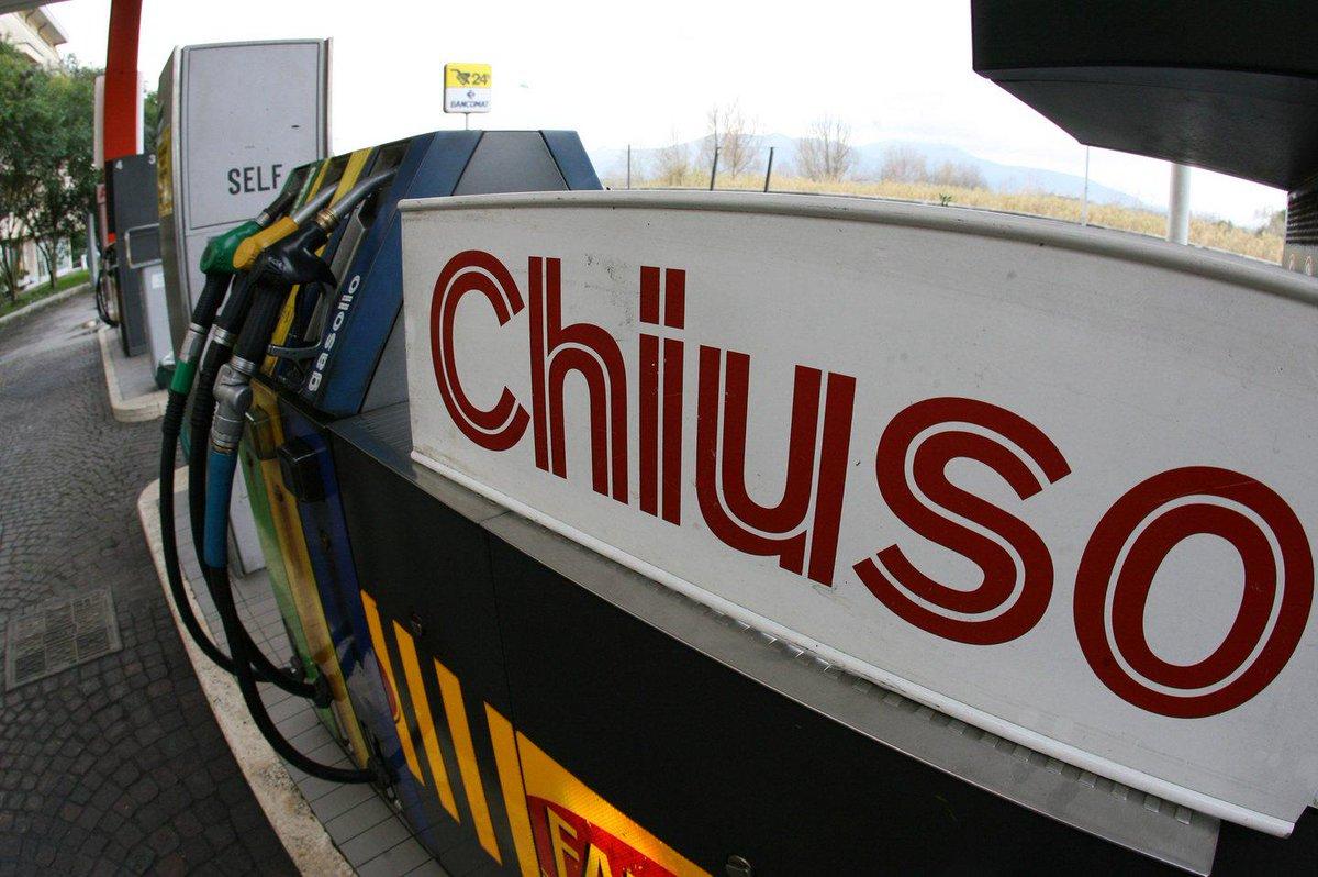 Sciopero benzinai dalla mezzanotte per 48 ore