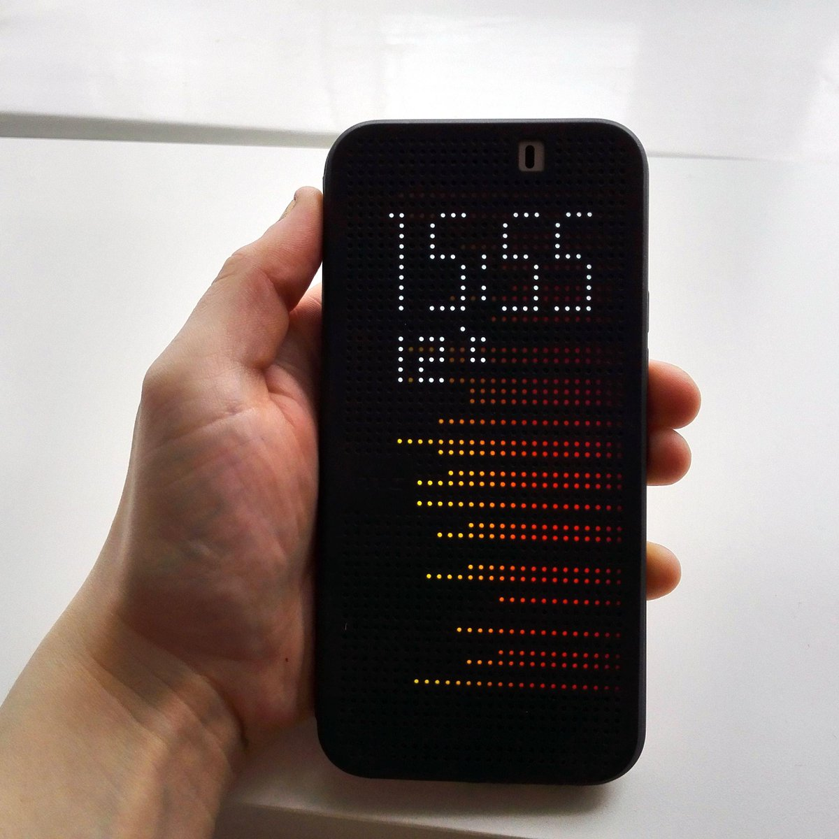 We review the @HTC_UK One M9 Dot View case, the phone case you can play games on http://t.co/2mb8YjQL7f http://t.co/7BqB3EUMjb