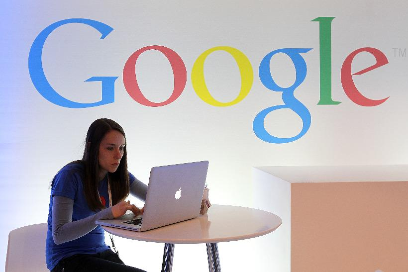 Google on #AWEurope: big questions and rose tinted glasses says @HoweTo http://t.co/C2WZwncctj @MarketingUK http://t.co/fd2EyTKlNL