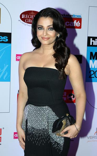 Aishwarya Rai Bachchan stuns at the 2015 Hindustan Times Mumbai's Most Stylish Awards http://t.co/EwxKIjF4oW http://t.co/BncKwnt3T2