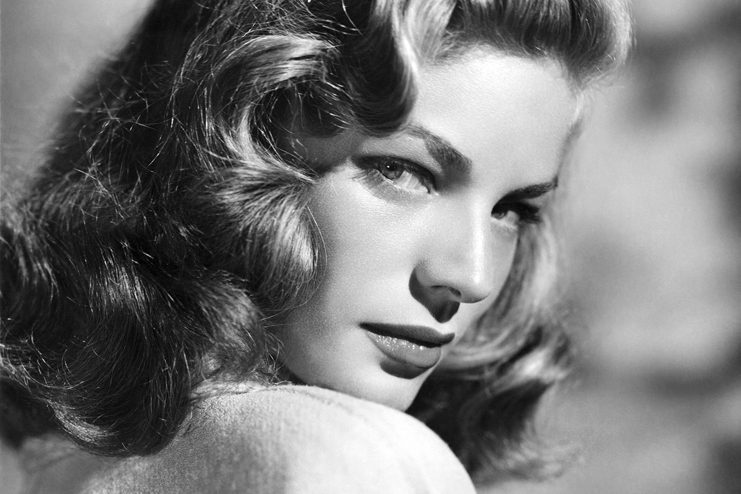 Burmese rain drums and Fonda's fedora: Lauren Bacall's unusual collections http://t.co/sYkRAOwT4k http://t.co/FgLaXKrCOS
