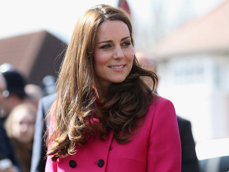 Every single style moment of Kate Middleton's second pregnancy: http://t.co/2l5wJ0iLt2 http://t.co/9npi4cyHKU