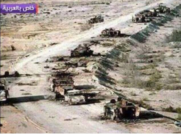#فضيحة قناة العربية تقول صورة حصرية لرتل عسكري الحوثيين تم تدميره ع طريق ابين .وهي صورة قديمة على طريق الكويت القديم http://t.co/bAbP5W5NWg