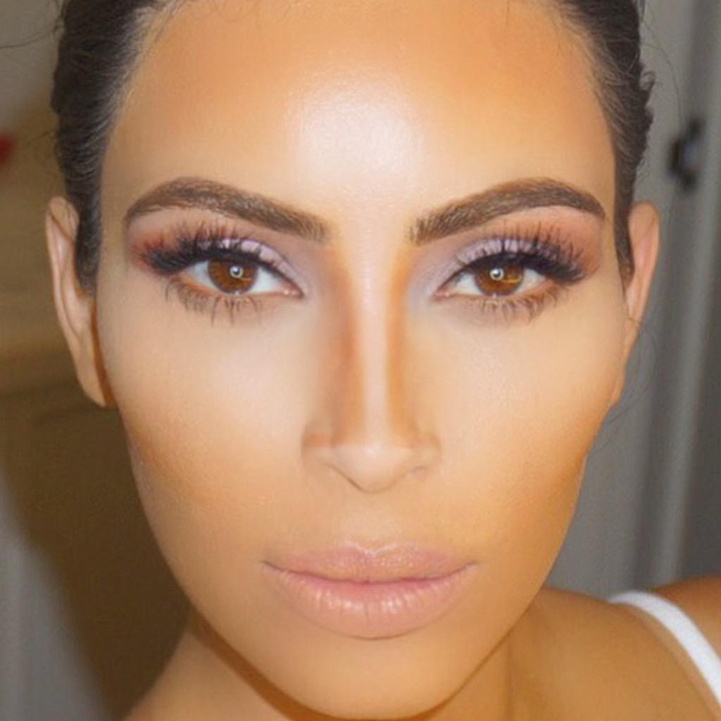 Kontour!!!! Not finished with my make up yet but wanted to share a pic of some contouring make up tricks! http://t.co/yDC6ZeeGko