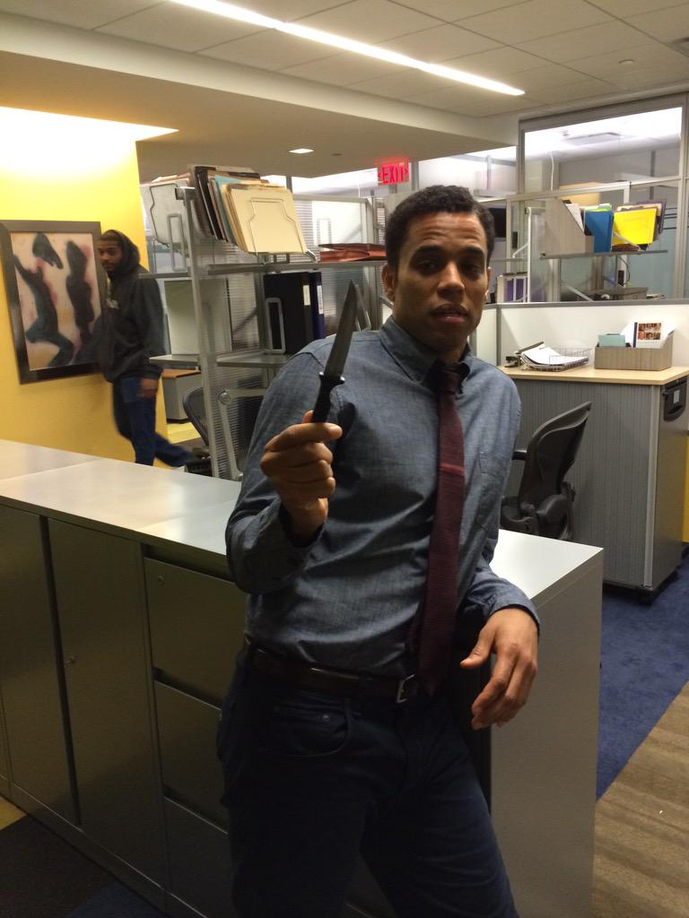 My #mcm is obviously @MichaelEaly who debuts tonight on @TheFollowingFOX. And who was super unimpressed by his knife http://t.co/V5aFMyRZNx