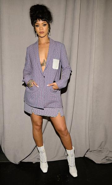 Fotos de Rihanna (apariciones, conciertos, portadas...) [16] CBYV7B2WwAATnQX