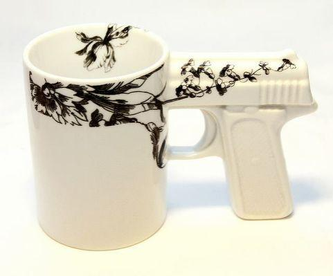 """Dear God.. @benfergusonshow: I know  you love tea so I figured this would make the perfect bday gift @piersmorgan  http://t.co/uJ52AyHKcP"""""""