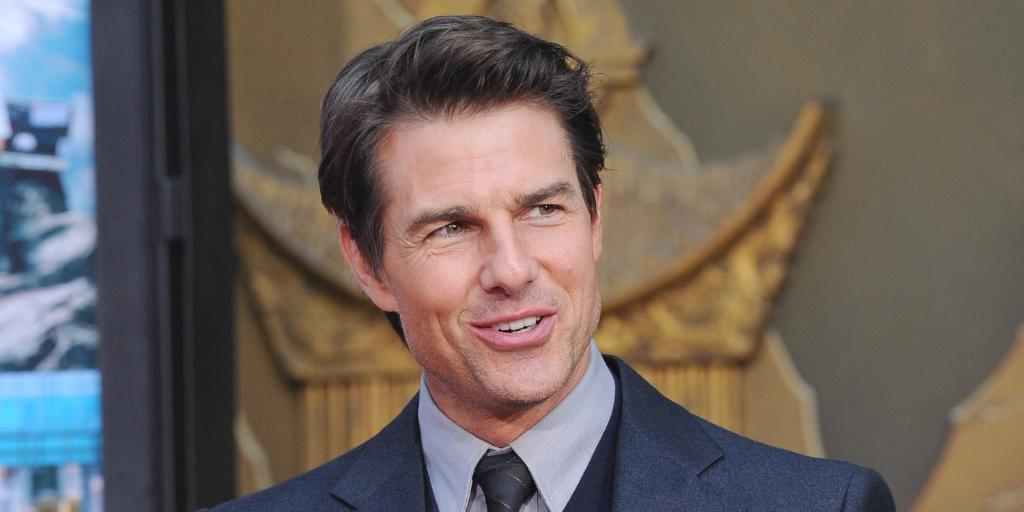 What Tom Cruise did to this woman is truly disturbing: http://t.co/XqsTXO7NQ6 http://t.co/TEAznZ6fjI