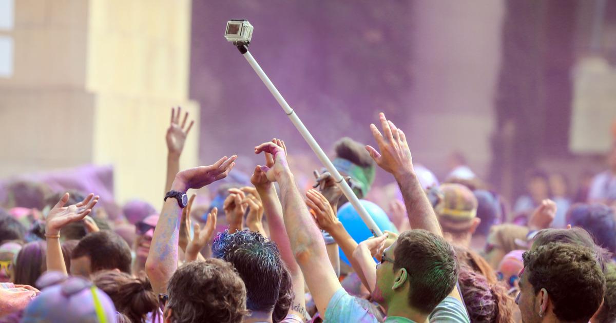Selfie festival known as Coachella boldly bans the Selfie Stick: http://t.co/txqQ3QHkjF http://t.co/PFZbTdKYhH