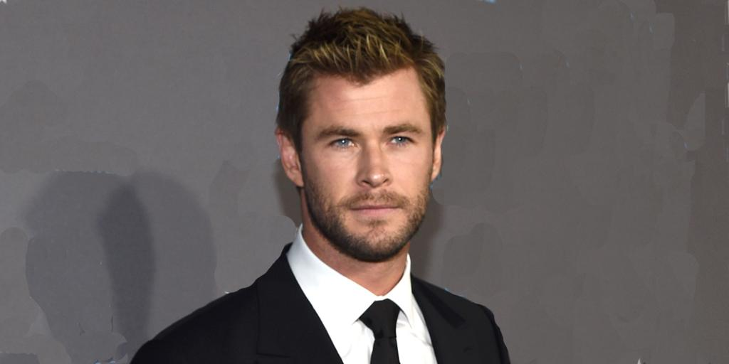 Liam Hemsworth officially looks EXACTLY like your first crush. http://t.co/PqzHWTWRXv http://t.co/tiz7WWngcG