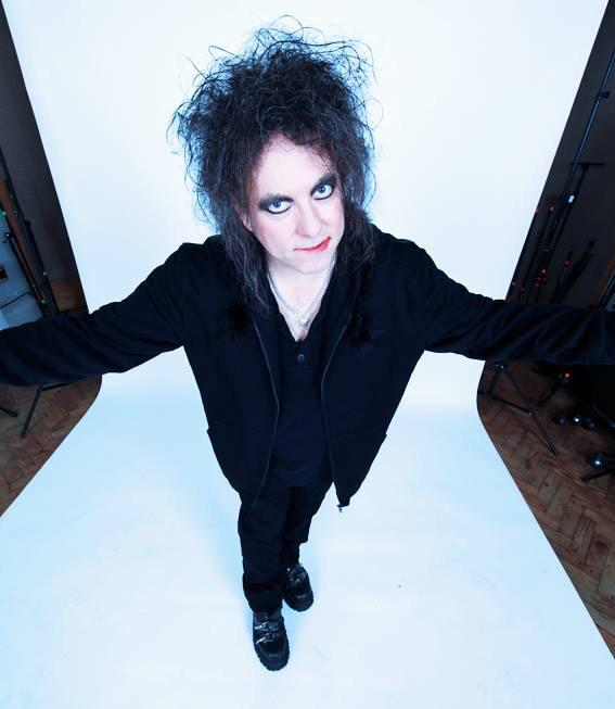 "Robert Smith has covered ""There's A Girl In The Corner"" for our new AA single http://t.co/OMXtqgRDHl http://t.co/ZWC2XSsdIu"