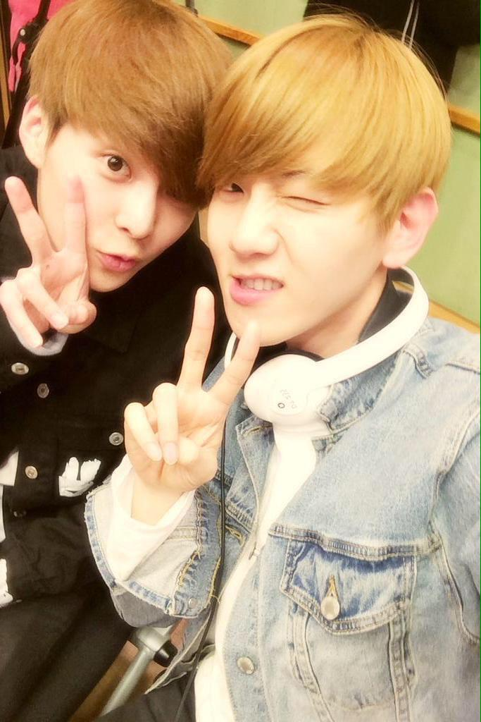 "EXOFANBASE on Twitter: ""150407 Xiumin and Baekhyun selca ...