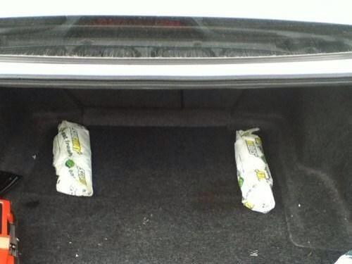 "Just fitted these 12"" subs in my boot :) http://t.co/Q8nkH4OZoy"