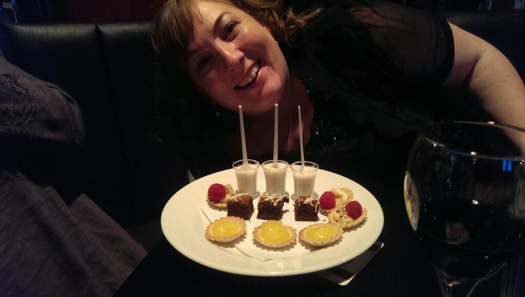 Huzzah pudding! #uksg15 http://t.co/bRdZThChjW