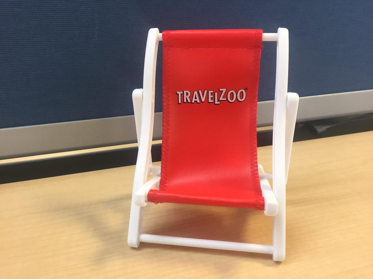 A beach chair for your phone? Retweet this and we'll randomly select someone to win. http://t.co/fGVLoRUFU5