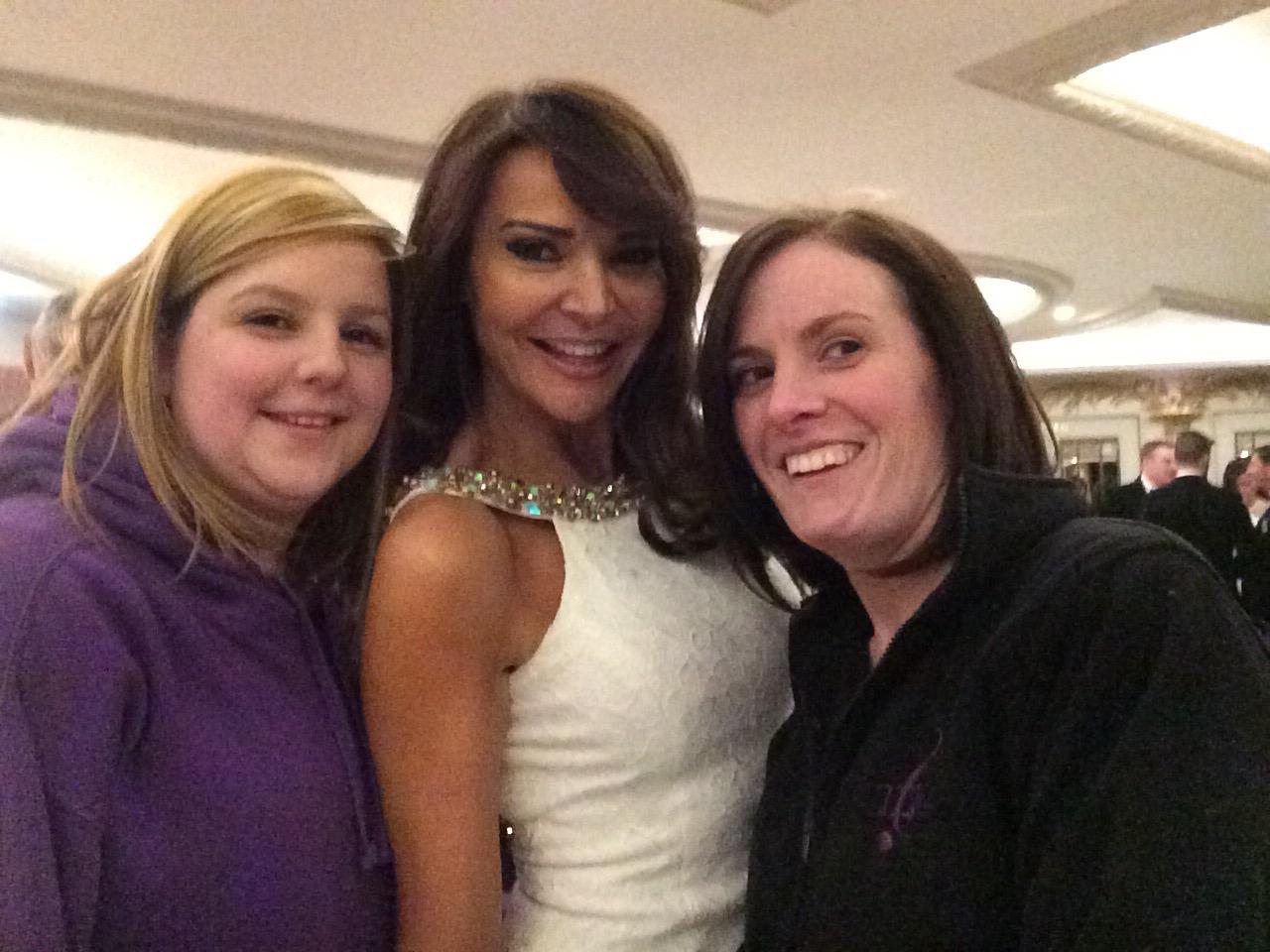 RT @Kellyashbyjacks: Fab night singing for @CareAfterCombat a beautifulu welcoming chaps @lizziecundy. Thanks for your support ma lovely ht…