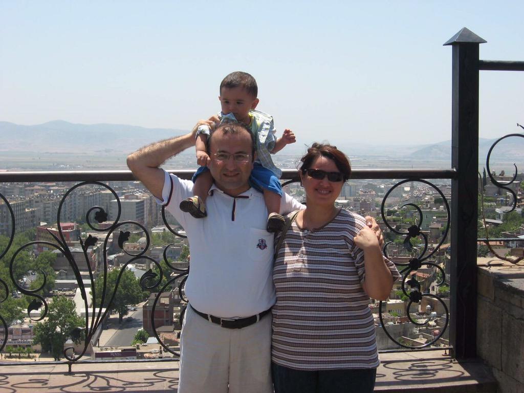 #MehmetSelimKiraz bu fotoğrafıyla hatırlayalım... http://t.co/SOD7m3dLHg