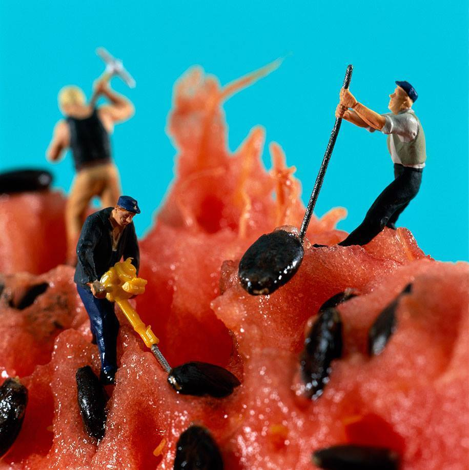 Little People Adventures In The World of Food. #creativity #design http://t.co/j6HyVTPrBX