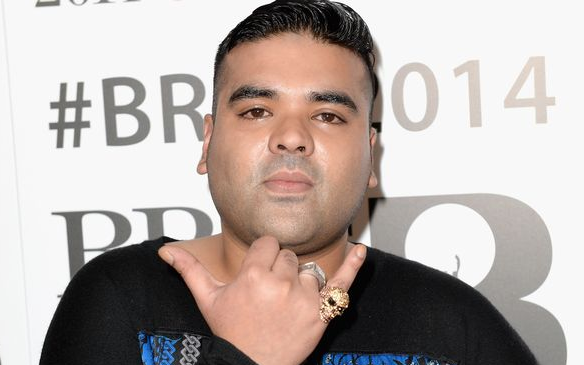 Naughty Boy attempts to explain nasty spat with Louis Tomlinson but ends up enraging fans http://t.co/Ms9dGl6cC1