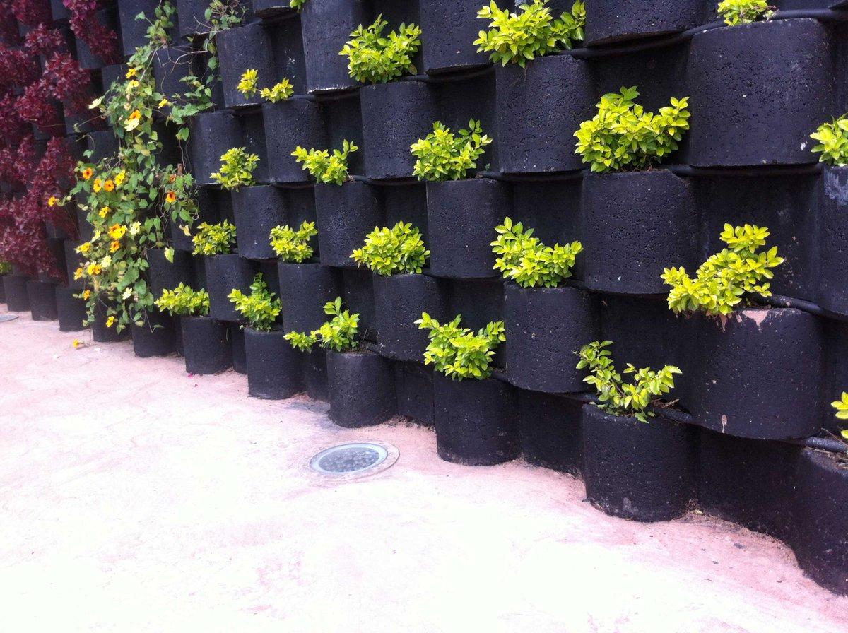 Gilberto rodriguez on twitter svenssonlatam checa este for Muro verde sistema constructivo