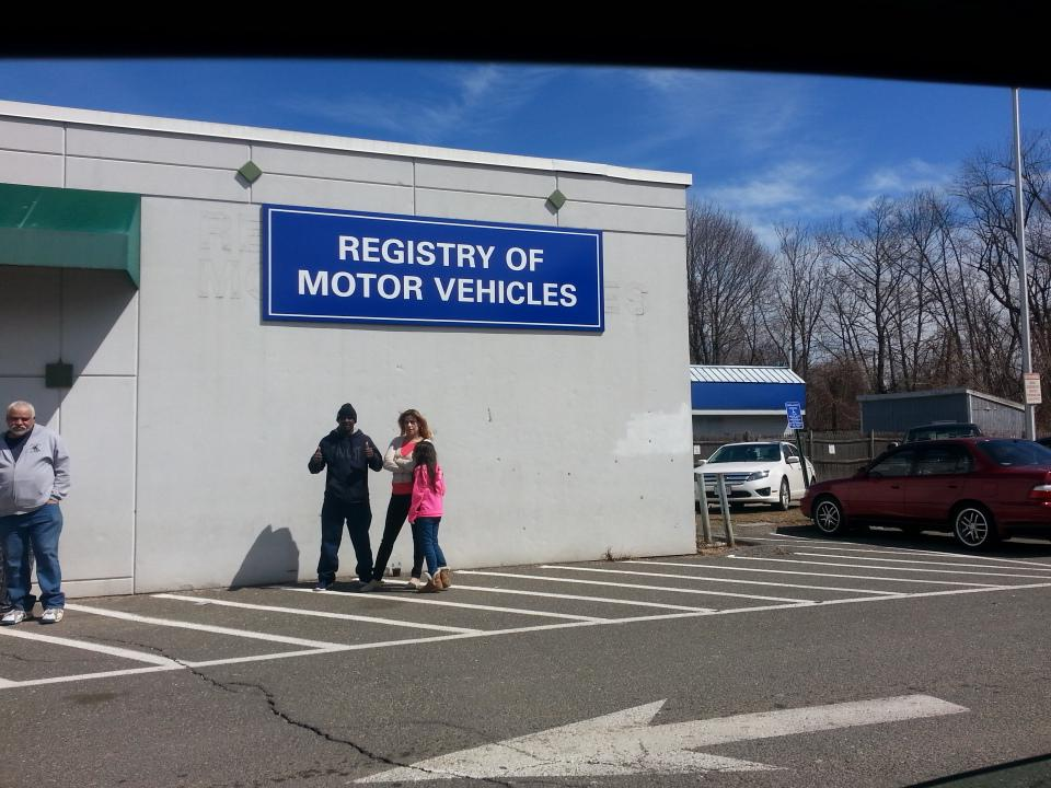 ... Agawam Auto School on Twitter Another day of testing at the Chicopee RMV http t co