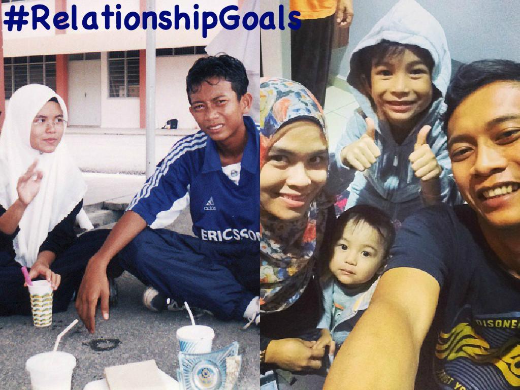 Kenal sejak tingkatan 1, bercinta dan kahwin. Sekarang dah 3 anak. #RelationshipGoals http://t.co/8jRxMSEQCX http://t.co/iuBkjY5PdW