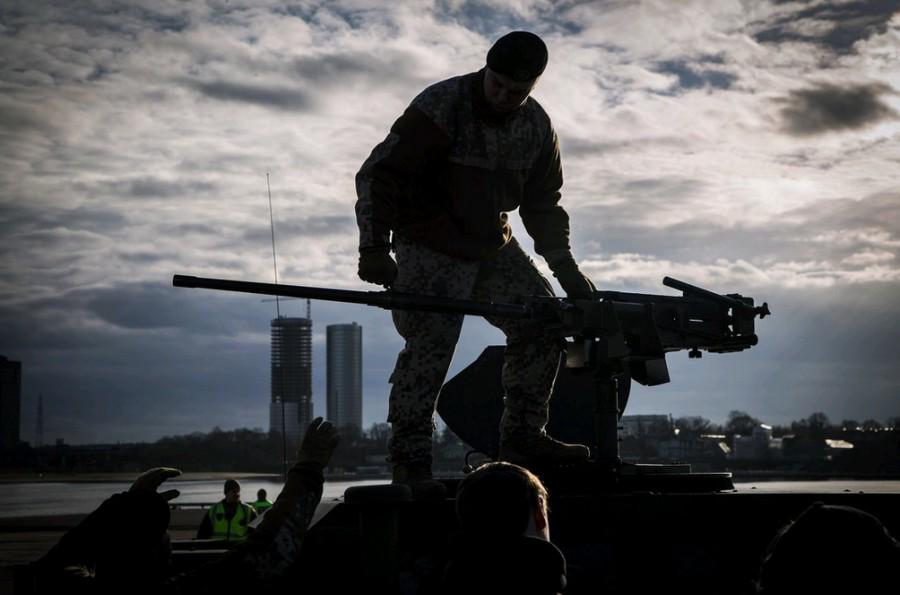 В Курахово обнаружен большой тайник с оружием и боеприпасами для проведения терактов и диверсий, - СБУ - Цензор.НЕТ 4093