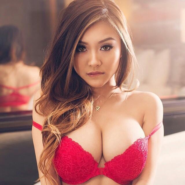 kongebakkens pizza asian girl sex