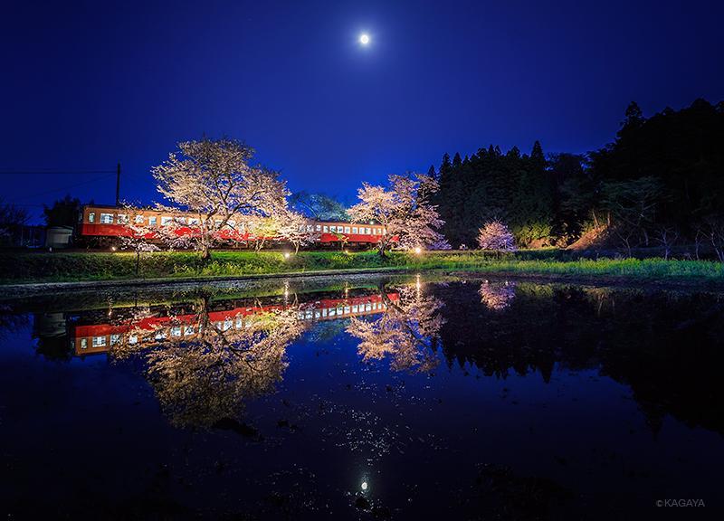 春の小望月。本日宵、千葉県飯給にて撮影。 pic.twitter.com/W5naMkcAt0