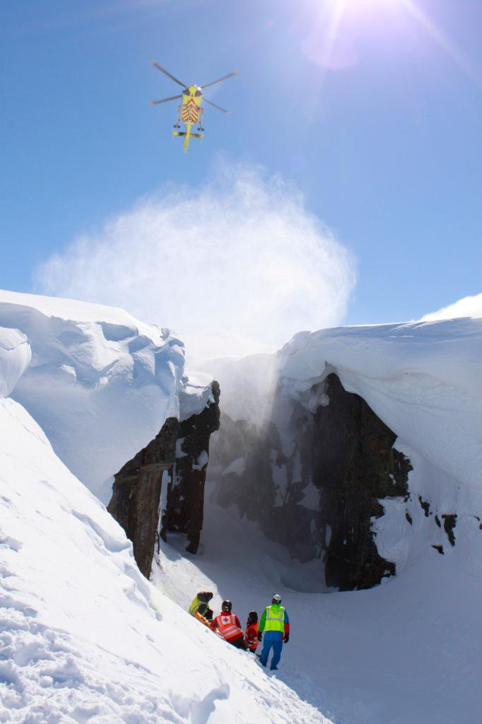 Honnør til alle frivillige fjellredningsgrupper for innsatsen i påsken! http://t.co/PlV8nhrWQY