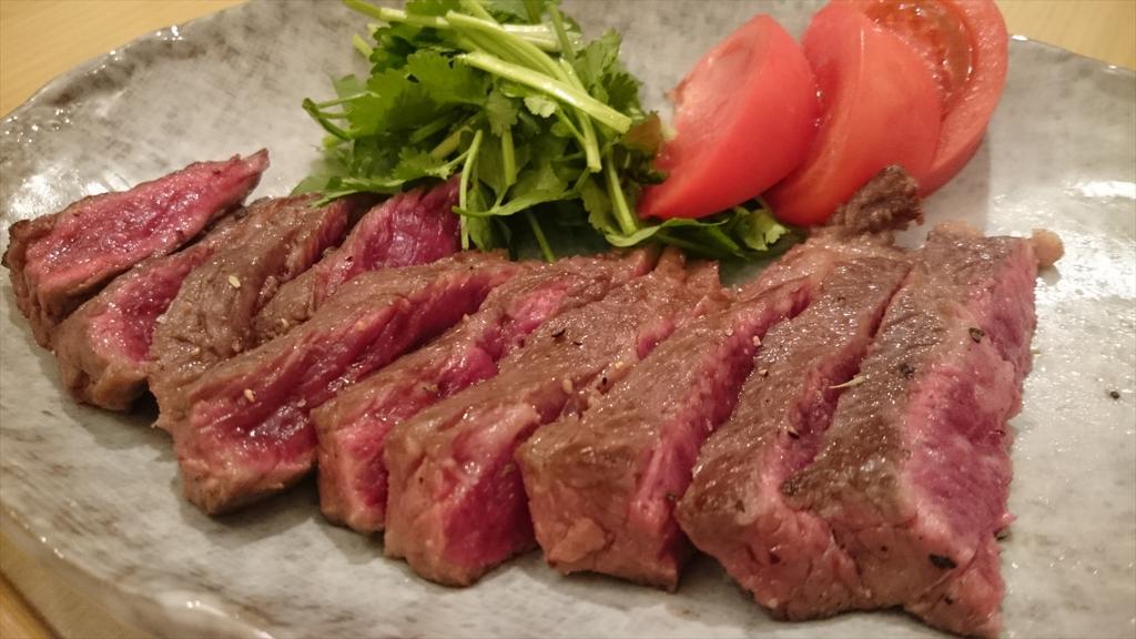 ワルなのでこの時間に肉を焼いた http://t.co/PmhYqLb8dt