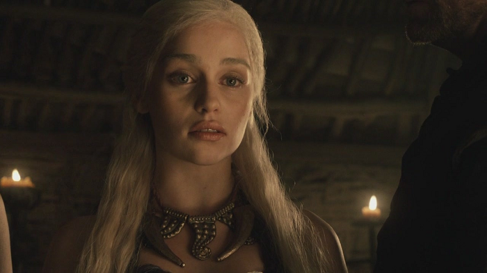 """""""You shall have a golden crown that men shall tremble to behold."""" - Daenerys Targaryen #GoTBetrayals #GoTSeason1 <br>http://pic.twitter.com/9TOlm39m9C"""