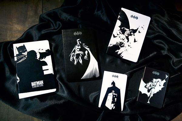 .@moleskine has introduced the (very cool) Batman Limited Edition Collection: http://t.co/zAndkIjrFc http://t.co/rttslxEget