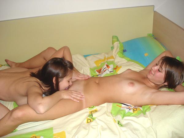 голые фото молодых лезбиянок