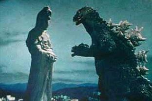 餓鬼の頃「キングコング対ゴジラ」で高崎観音をゴジラが襲うと言う噂があったけど、誰も見た事はなくデタラメかと思ってたら実は諸事情でカットされたシーンが5円写真にだけ流出したのが情報源なのね  http://t.co/j8cr5EDaYs http://t.co/znNWLeeAU6