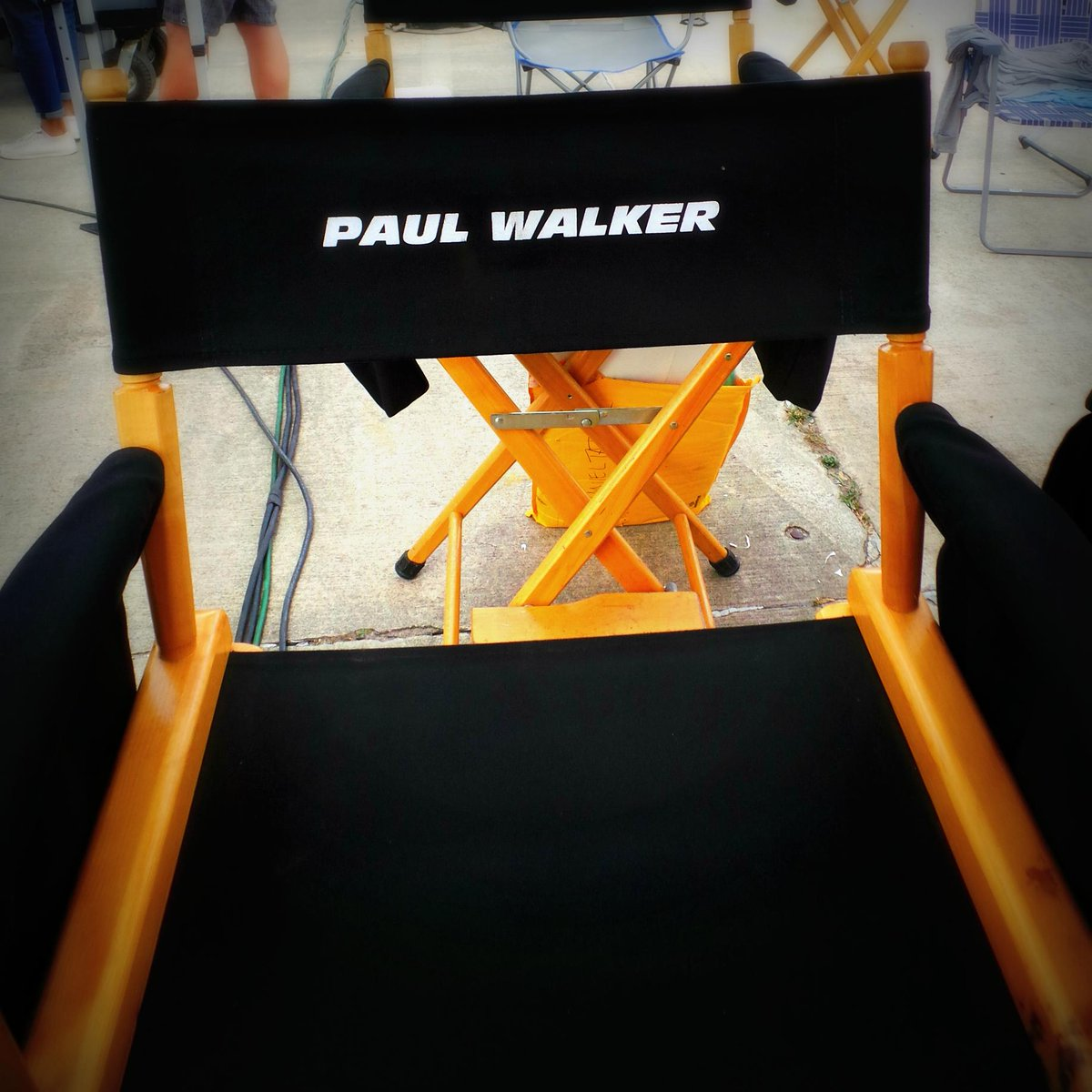 Can't thank you all enough for the incredible support. #ForPaul #Furious7 - #TeamPW http://t.co/FbVm8gM5sN