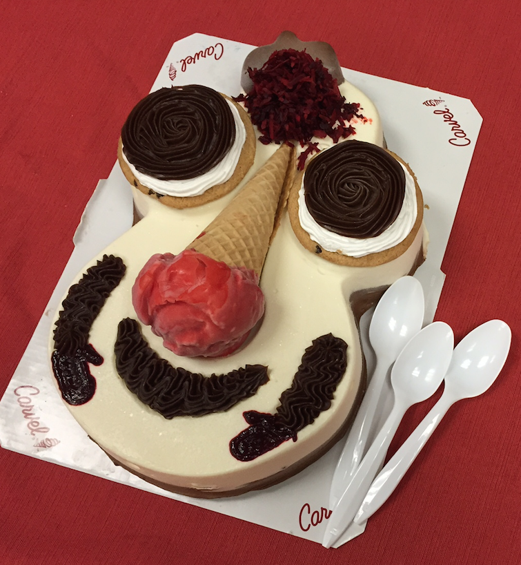 Carvel Cookie Puss House Cookies