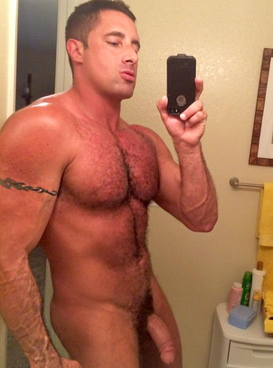 hot-sexy-father-naked