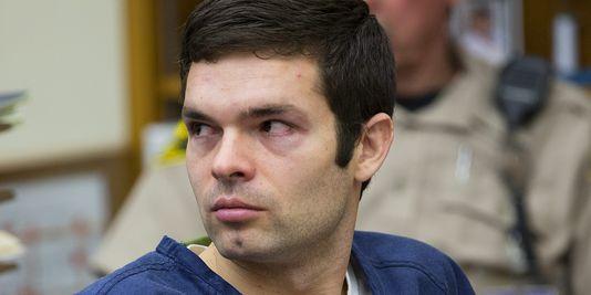 Le responsable d'un site de « revenge porn » condamné à 18 ans de prison http://t.co/9JtX9kA3m4 #cacestfait http://t.co/erqlKTISgh