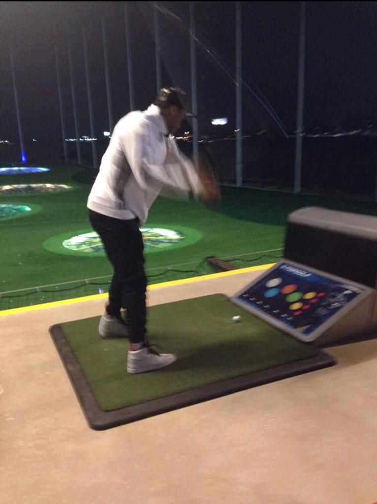 You don't have to be a golfer to have fun at @topgolfsat! #golf #SanAntonio #TopgolfVIP