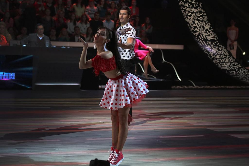 Танцы со звездами. Россия-1 - Страница 10 CBwus44VEAE4LKS