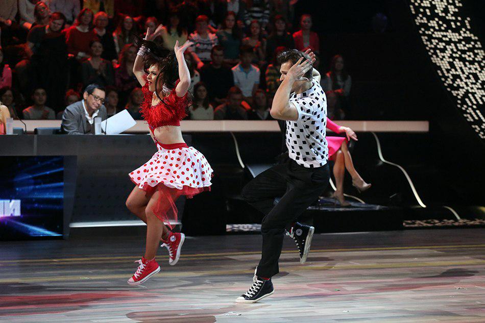Танцы со звездами. Россия-1 - Страница 10 CBwutlIUIAAsmu6