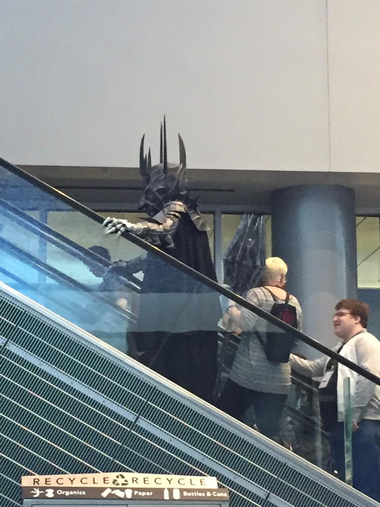 Sauron riding the escalator #justlikeus @FANEXPOVAN http://t.co/jkxby6F74y